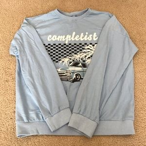 RARE AND CUTE VINTAGE PASTEL BLUE SWEATSHIRT 💙